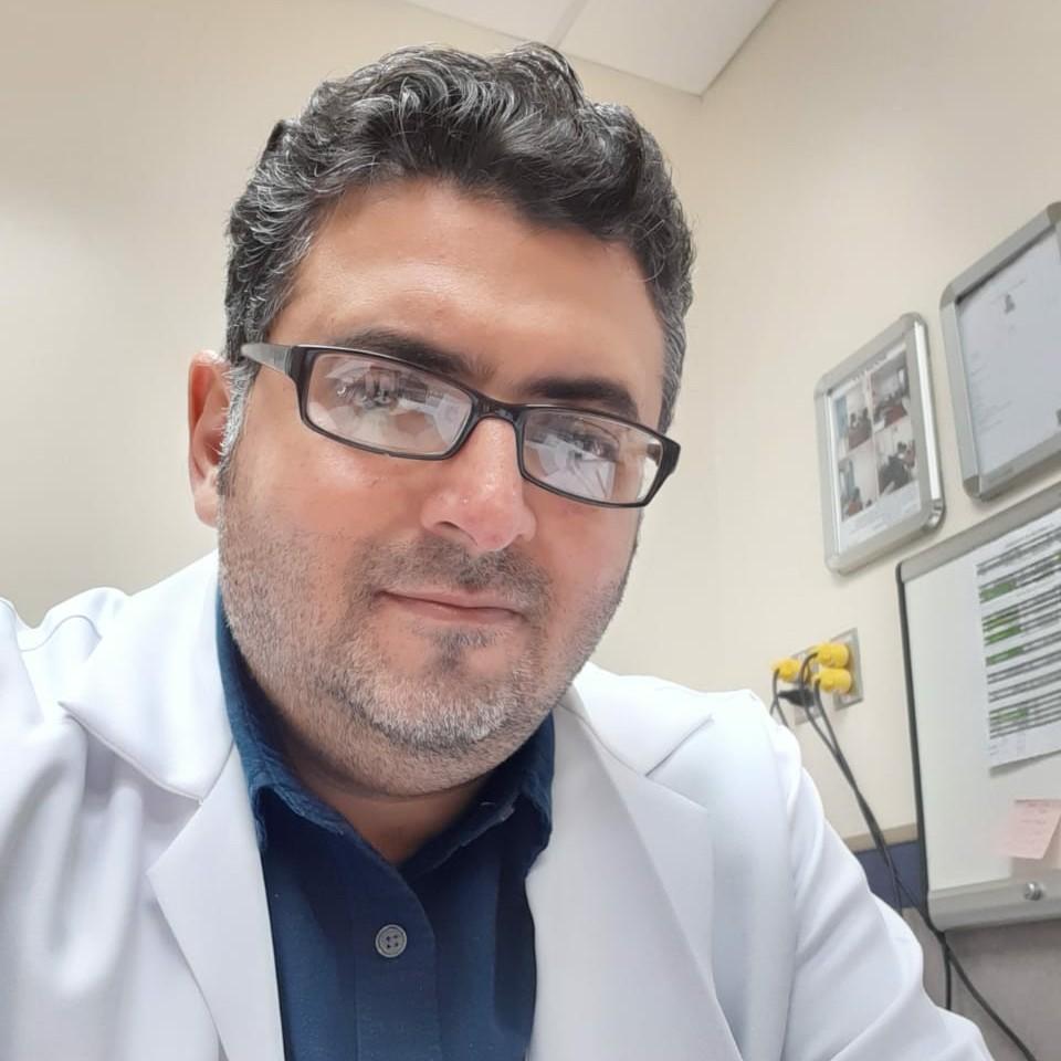 دكتور ايمن السلامي