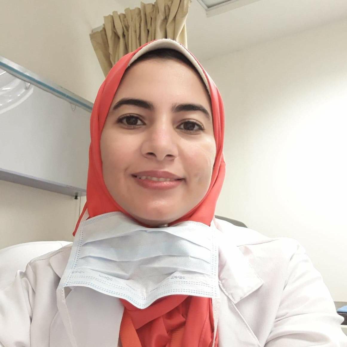 دكتور اسلام مصطفي