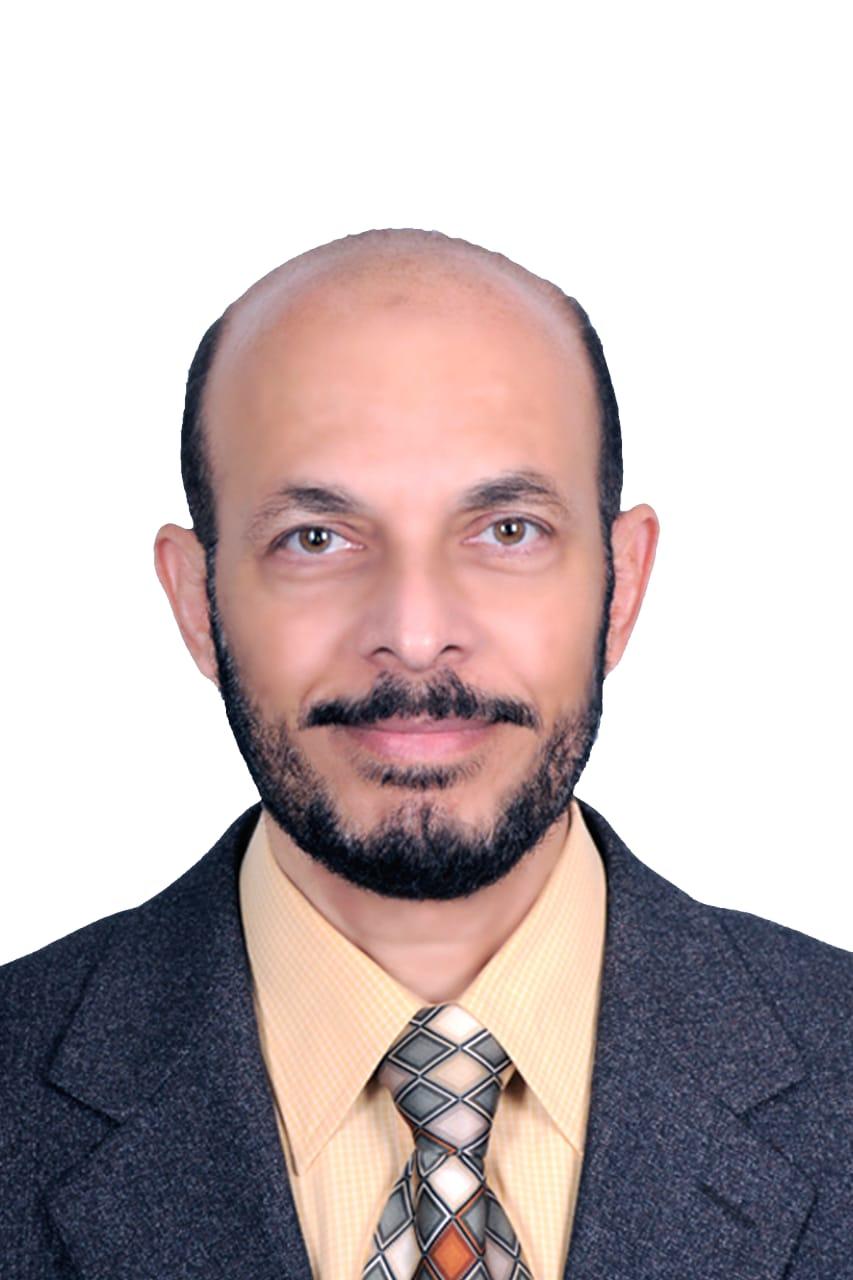 دكتور اسامة احمد قاسم